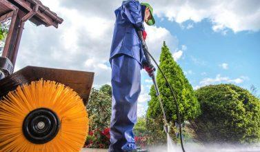 Myjki ciśnieniowe – rodzaje, zastosowanie, korzyści z użytkowania